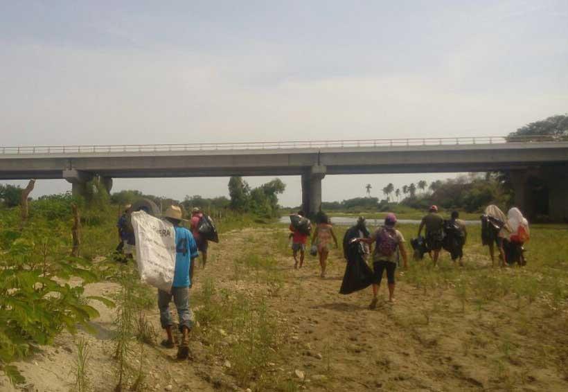 Sanean las riberas del Río Tonameca