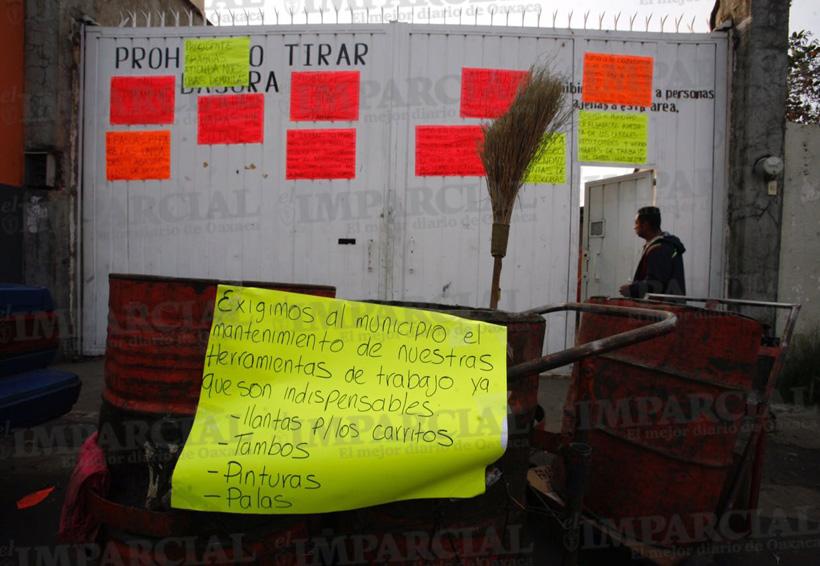 Vuelven a ser un tiradero las calles de Oaxaca | El Imparcial de Oaxaca