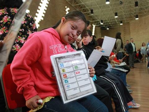 Por primera vez INE prepara registro de votantes con discapacidad | El Imparcial de Oaxaca