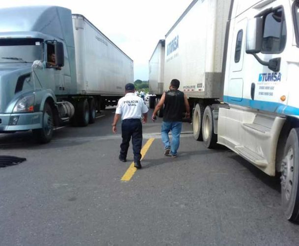 Bloqueo sin tregua en el Istmo de Oaxaca