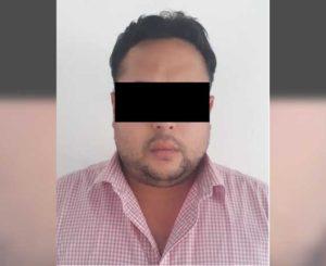 Más cargos contra sujeto  que traficaba con plazas en Oaxaca
