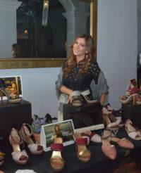 Jannett organizó una pasarela de su primera línea de zapatos