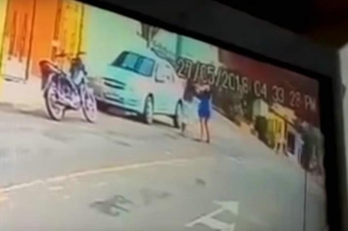 Video: Tras descubrirlo con su amante, mujer asesina a su esposo en vía pública   El Imparcial de Oaxaca