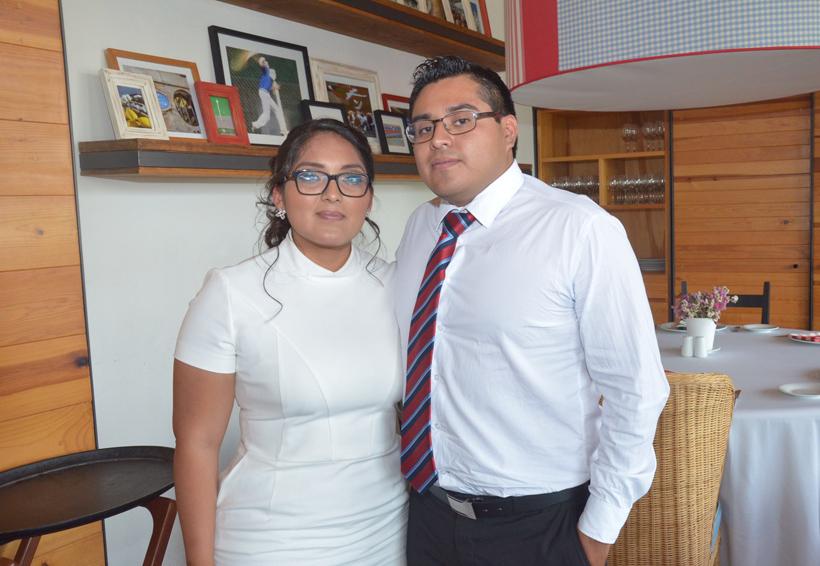 Mariana Joselyn celebró su graduación | El Imparcial de Oaxaca