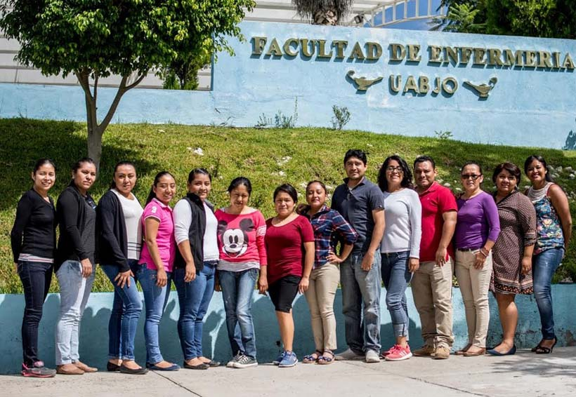 Inicia prácticas, especialidad de Enfermería en Urgencias en la Mixteca de Oaxaca