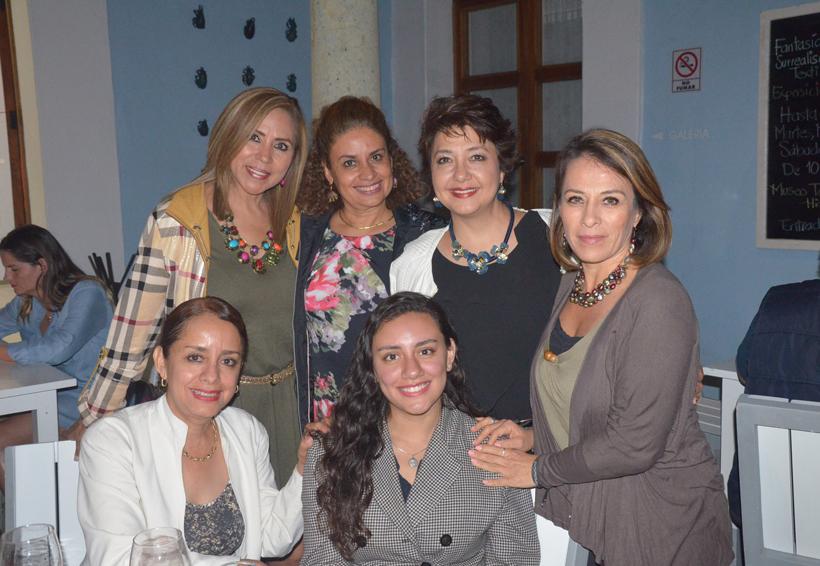 Entre amigas | El Imparcial de Oaxaca