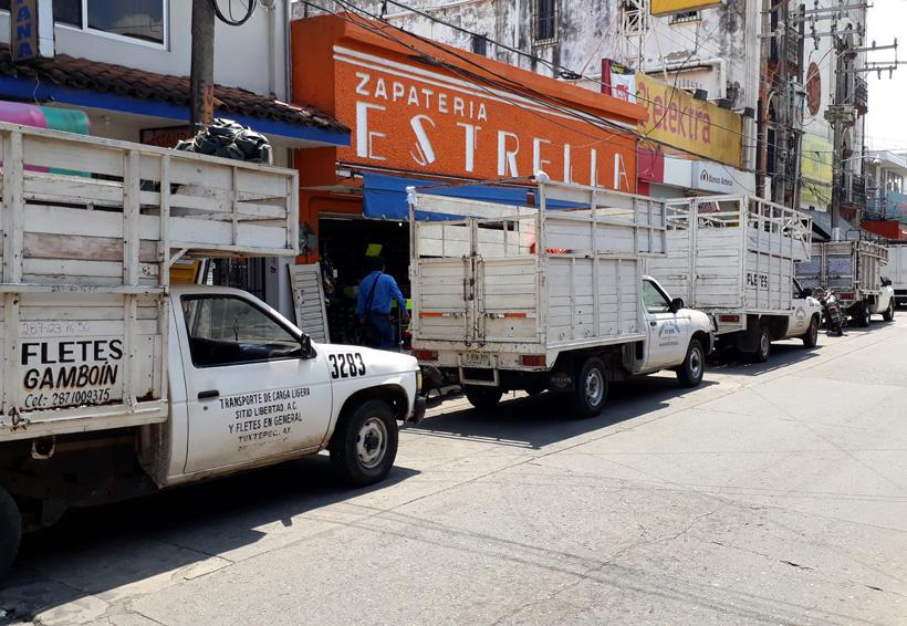 Camionetas fleteras provocan que  ventas bajen en la zona centro de Tuxtepec, Oaxaca | El Imparcial de Oaxaca