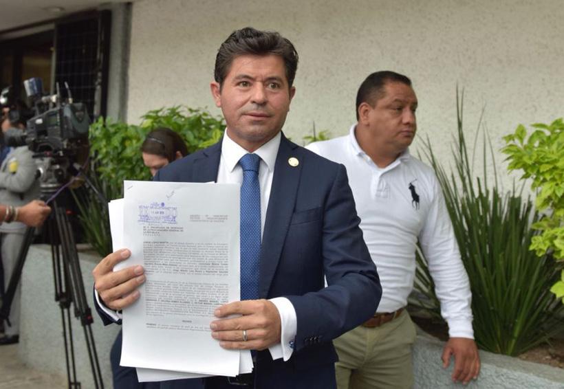 Diputado panista denuncia a AMLO y Meade ante PGR | El Imparcial de Oaxaca