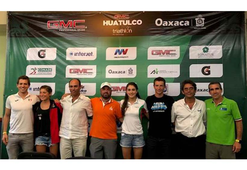 Dos días de competencia en el Triatlón Huatulco 2018 | El Imparcial de Oaxaca