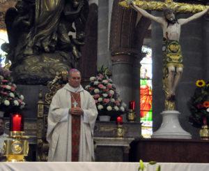 Demanda arzobispo de Oaxaca limpieza en la elección