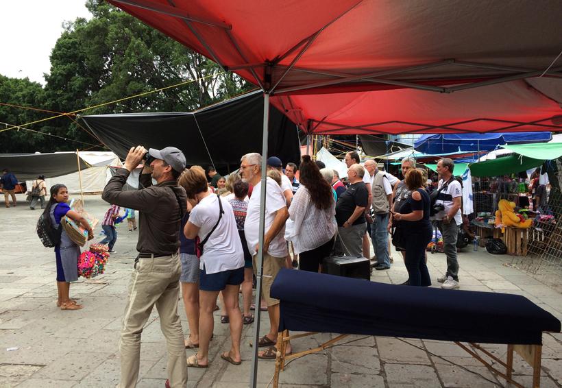 Reactivan bloqueos en ADO y aeropuerto en Oaxaca | El Imparcial de Oaxaca