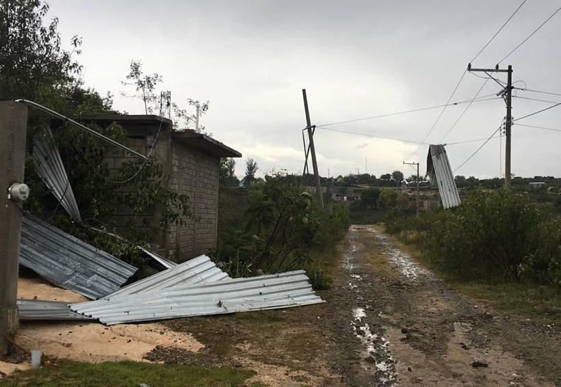En la Mixteca registran daños por el  paso del huracán Bud