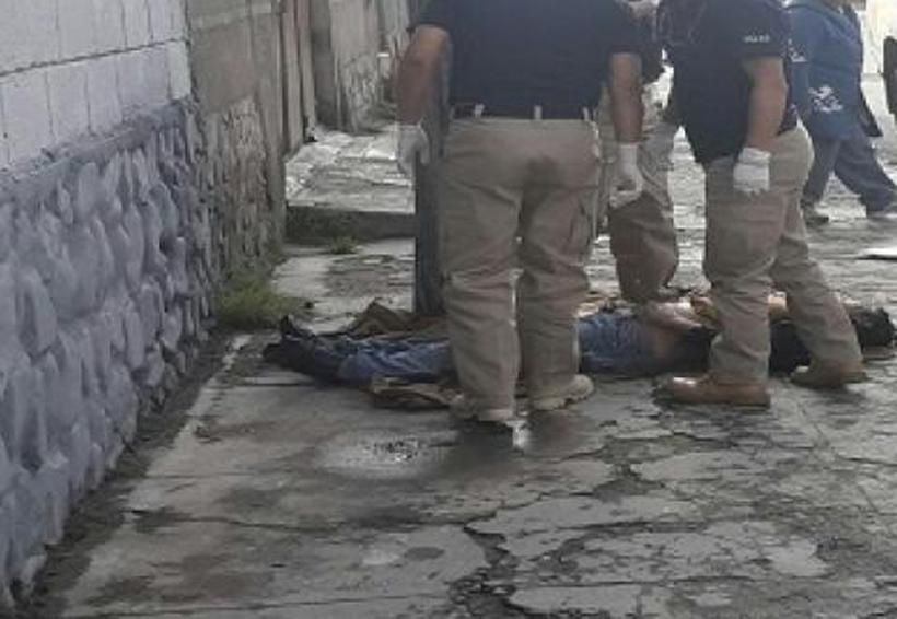 Sujetos armados atacan a dos hombres junto a base de taxis y asesinan a uno | El Imparcial de Oaxaca