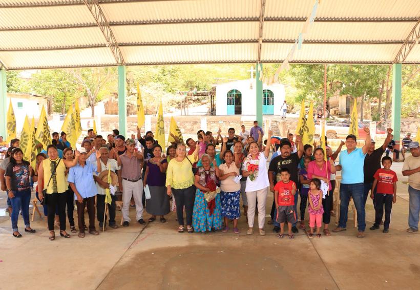 Habitantes de  Buenos Aires  y El Limón van  con Yesenia  Nolasco a  la reelección | El Imparcial de Oaxaca