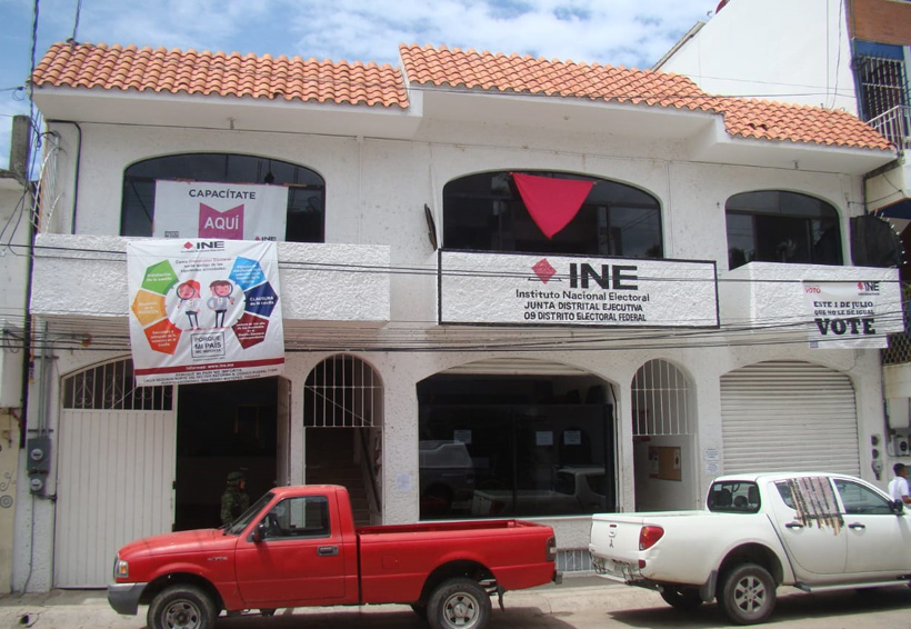 Llega a Puerto Escondido  paquetería electoral