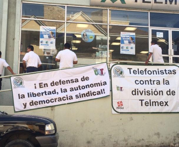 Los telefonistas aplazan huelga