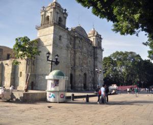Desolación en calles del Centro Histórico de Oaxaca