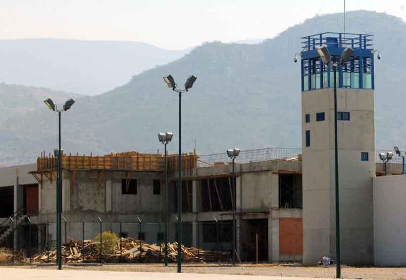 Paralizado penal varonil de tanivet | El Imparcial de Oaxaca