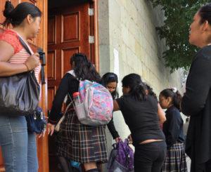 Tras recuperar el zócalo de Oaxaca, llaman a evitar su deterioro