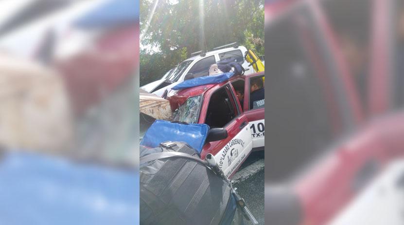 Choque de taxi deja 3 lesionados en crucero de Etla, Oaxaca | El Imparcial de Oaxaca