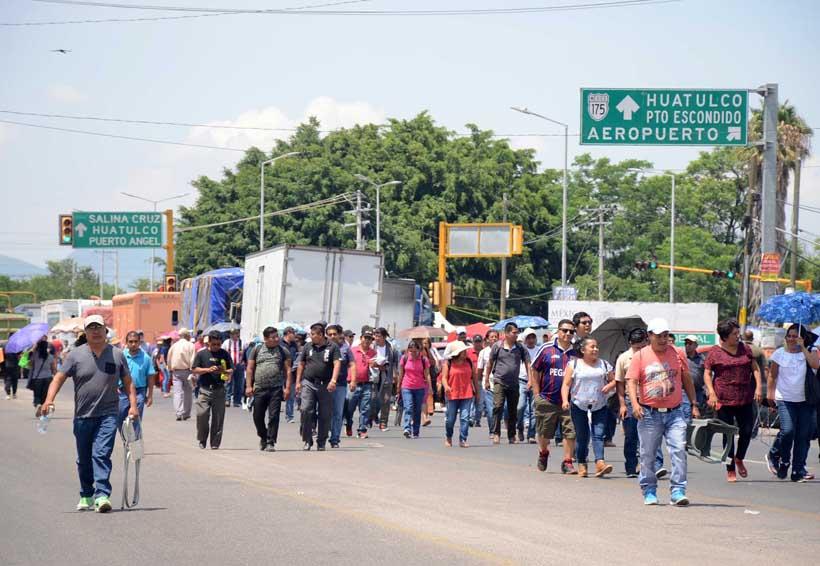 Vuelve confrontación y  caos social en Oaxaca