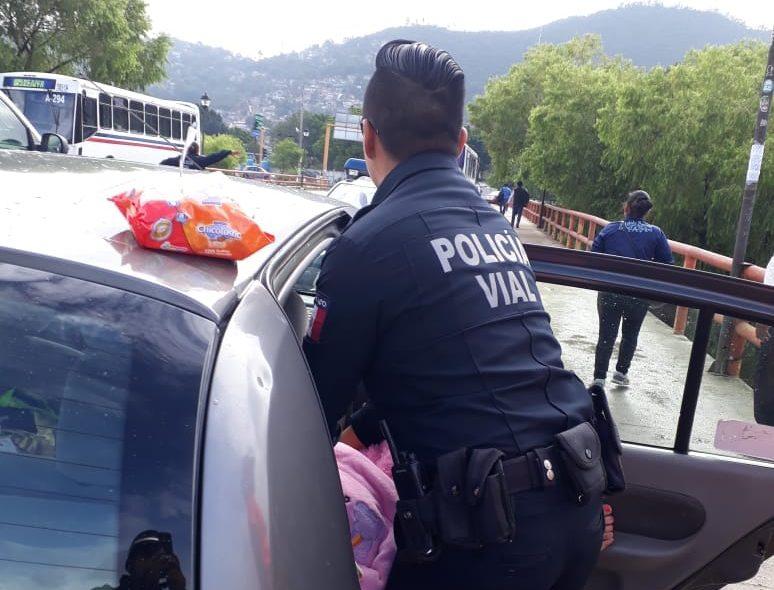 Mujer da a luz en puente del Tecnológico de Oaxaca; no llegó al hospital. Noticias en tiempo real