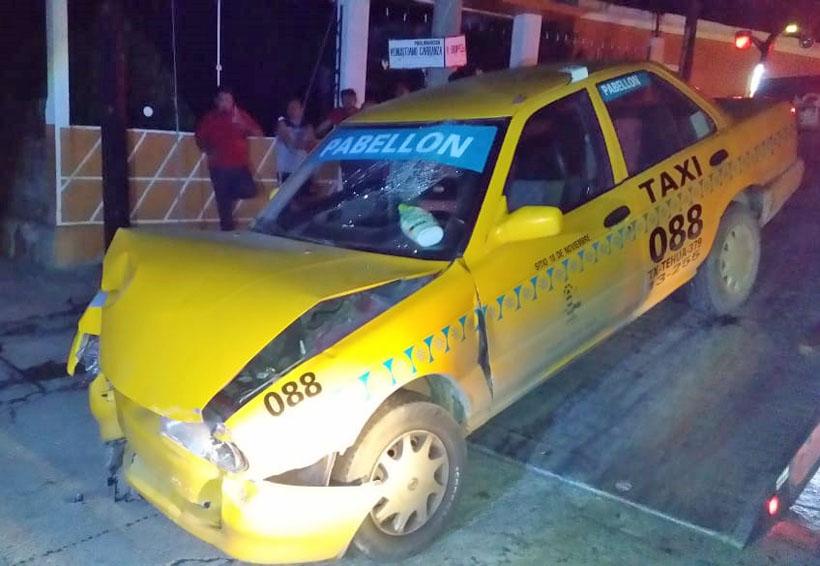 Taxista de Salina Cruz se queda sin frenos | El Imparcial de Oaxaca