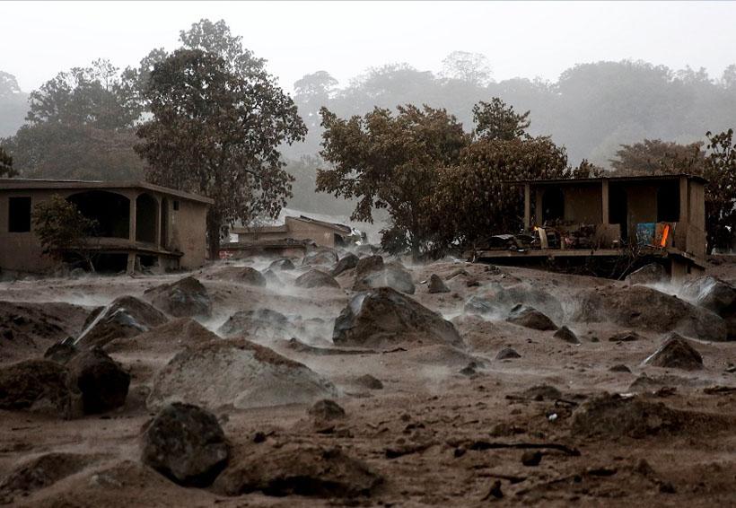 Continúa la búsqueda de cuerpos en Guatemala tras erupción volcánica | El Imparcial de Oaxaca