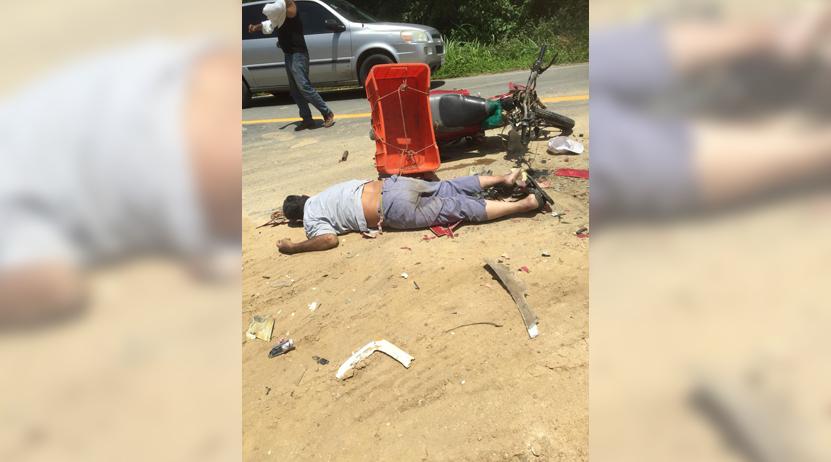 Muere motociclista tras ser impactado por camión en Tonameca | El Imparcial de Oaxaca