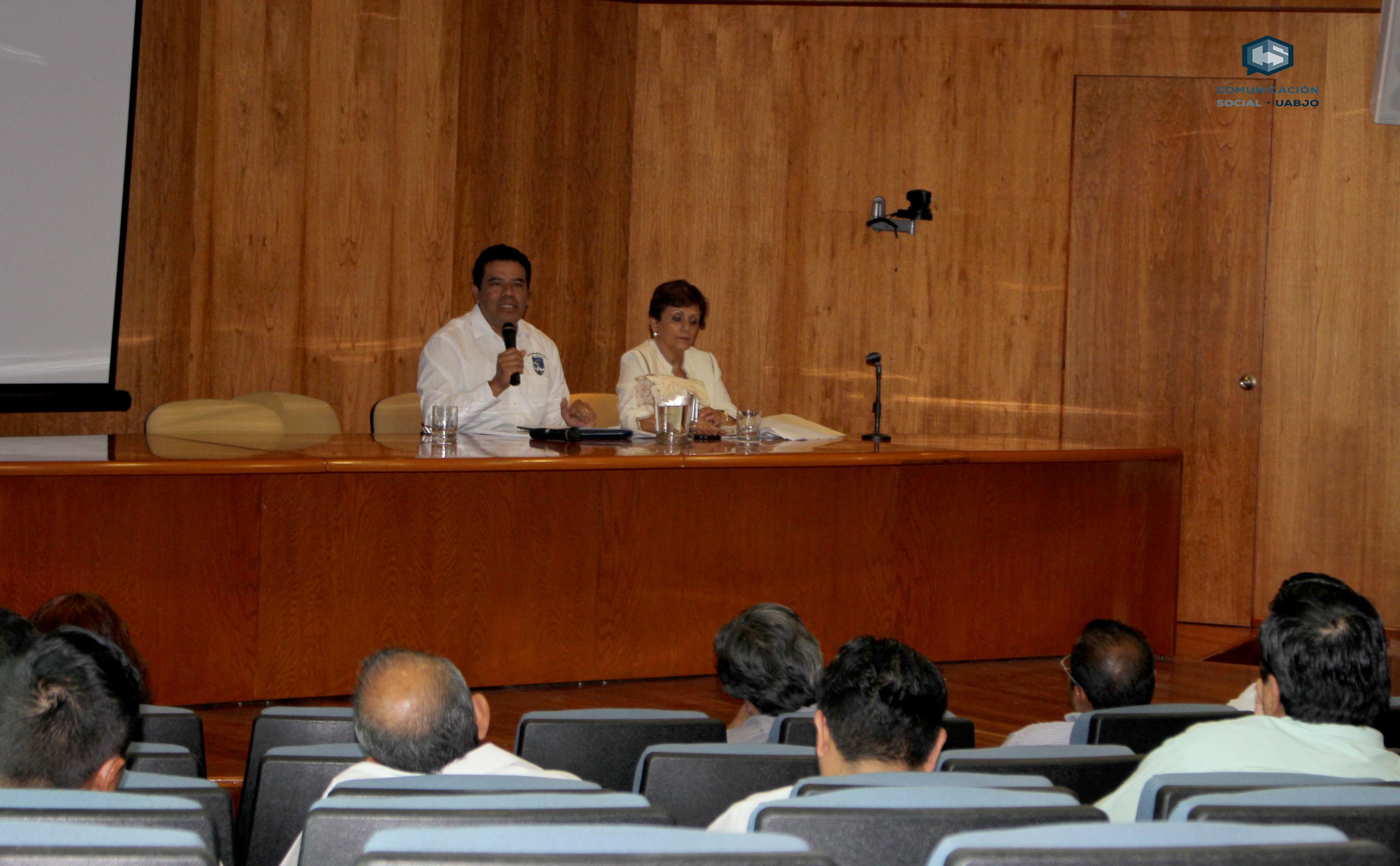 Trabaja Consejo Universitario en reforma a la Ley Orgánica de la UABJO
