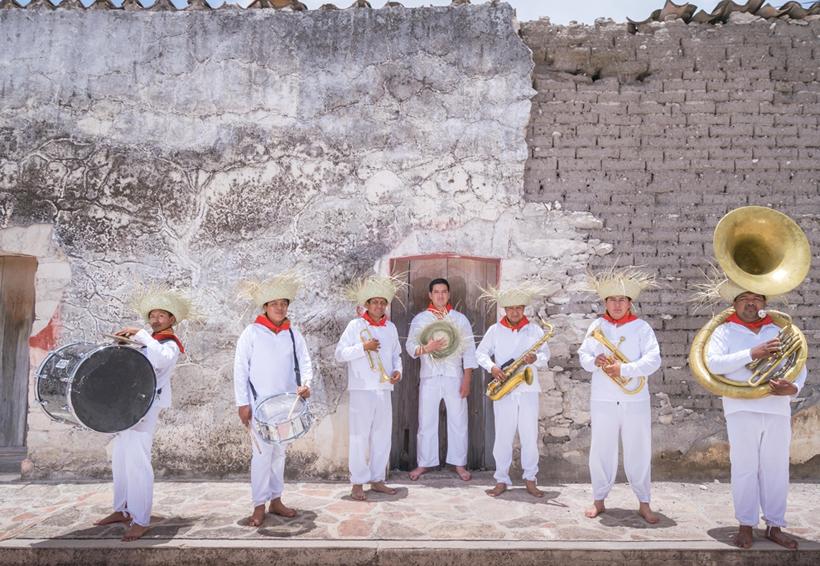 Alma Chocholteca  debutará en la Feria del Mezcal 2018