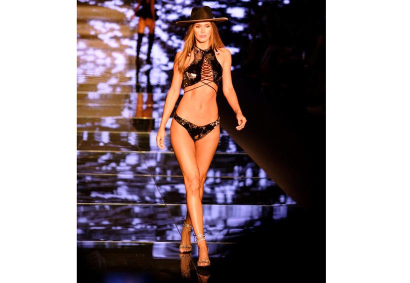 """La fashion week """"de playa"""" donde se presentan las bikinis del verano que viene"""