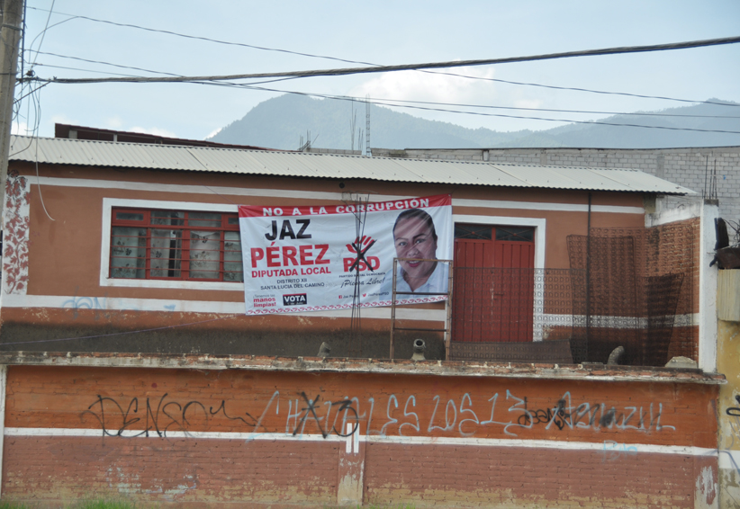 Se mantiene la basura electoral en la capital de Oaxaca   El Imparcial de Oaxaca