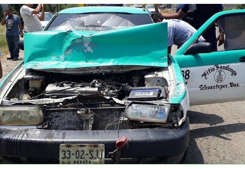 Taxista provoca accidente   El Imparcial de Oaxaca