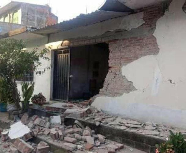 Exigen entregar recursos de reconstrucción de Pinotepa Nacional, Oaxaca
