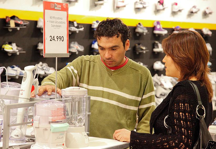 Familias mexicanas reducen consumo de bienes y servicios nacionales y extranjeros | El Imparcial de Oaxaca