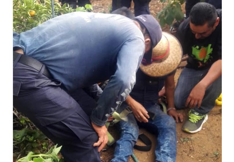 Rescatan a mujer de profundo pozo | El Imparcial de Oaxaca