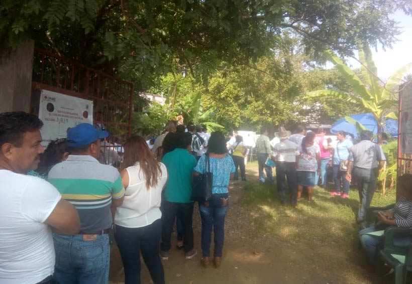 Con retrasos, transcurrió  jornada electoral en Tuxtepec
