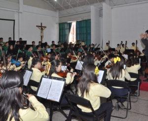 Despierta Esperanza Azteca la herencia musical