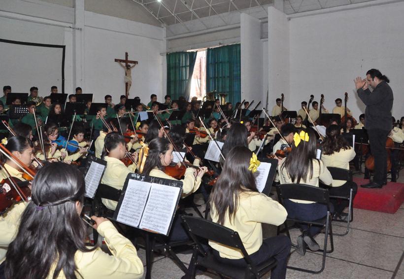 Despierta Esperanza Azteca la herencia musical | El Imparcial de Oaxaca