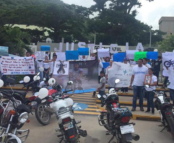 Piden justicia tras muerte de pizzero con manifestación
