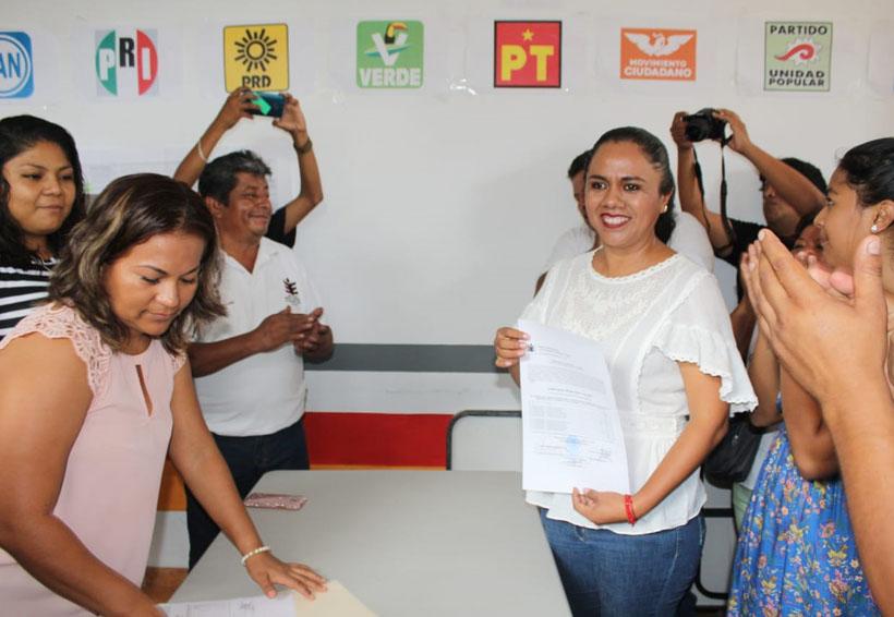 Recibe Maricel Mariscal Gaytán, la constancia  de mayoría y validez | El Imparcial de Oaxaca