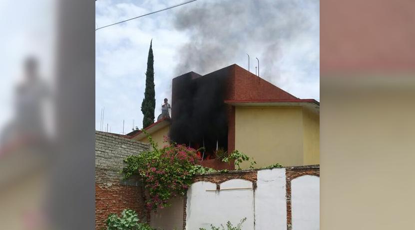 Arde vivienda en  la Calzada Madero   El Imparcial de Oaxaca