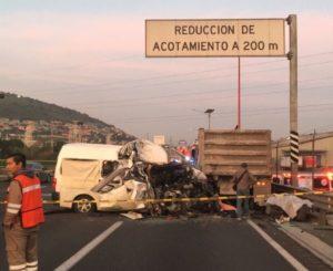 Al menos 12 muertos por trágico choque en la autopista México-Pachuca
