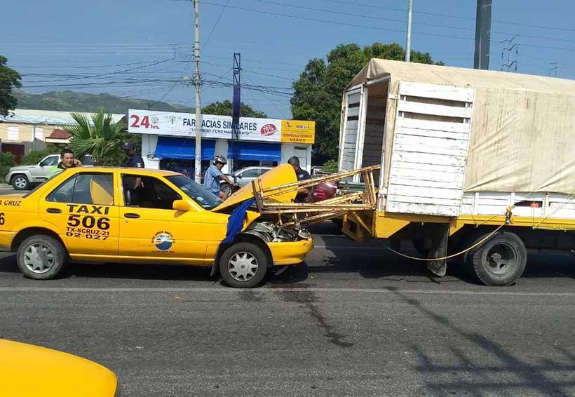 Taxistas provocan en demasía accidentes en Salina Cruz | El Imparcial de Oaxaca