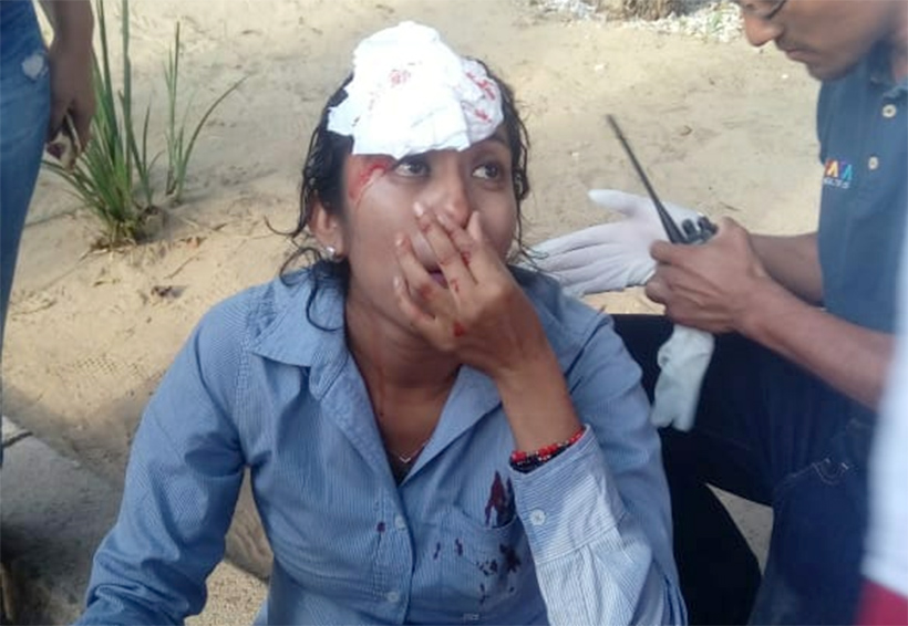 Accidente con pirotecnia en el desfile de delegaciones | El Imparcial de Oaxaca