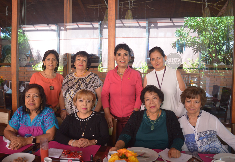 Sandra y sus amigas celebraron su cumpleaños