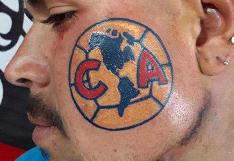 Video: Aficionado se tatúa escudo del América en el rostro | El Imparcial de Oaxaca