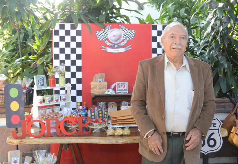 Jorge Luis celebró su cumpleaños rodeado de su familia