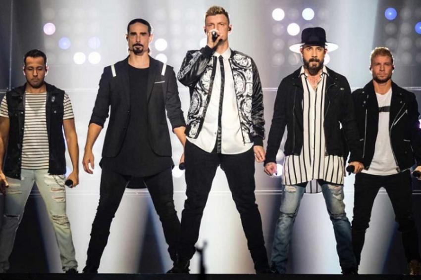 Varios heridos tras colapso de estructura en show de Backstreet Boys | El Imparcial de Oaxaca